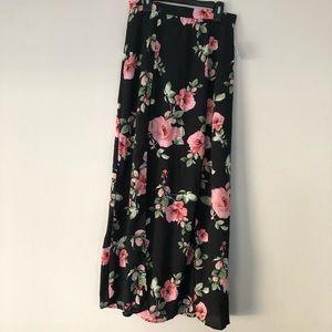 Charlotte Russe long maxi skirt